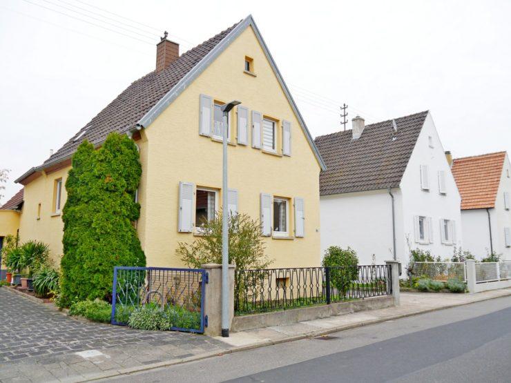 Freistehendes Einfamilienhaus mit Garten in Niederkirchen